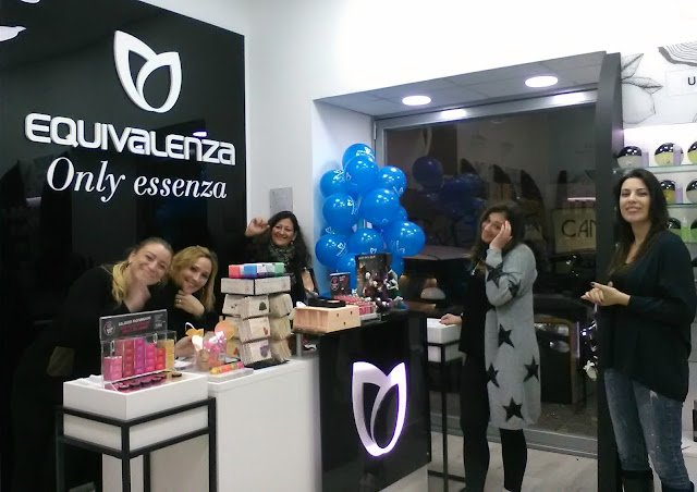 The Equivalenza team shop in Naples, Corso Umberto I