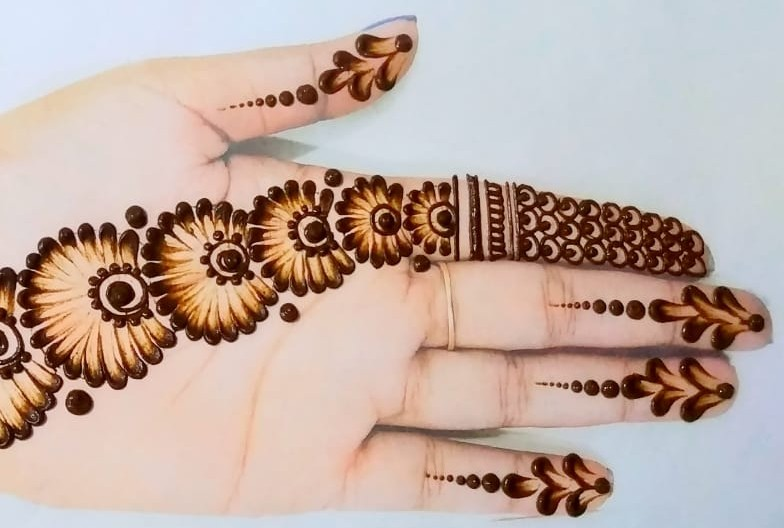 Easy Mehndi Design for Hands: Cotton Earbuds Mehndi Design