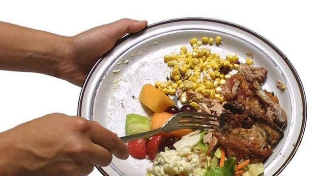 931 εκατομμύρια τόνοι τροφίμων καταλήγουν στα σκουπίδια χωρίς να καταναλωθούν