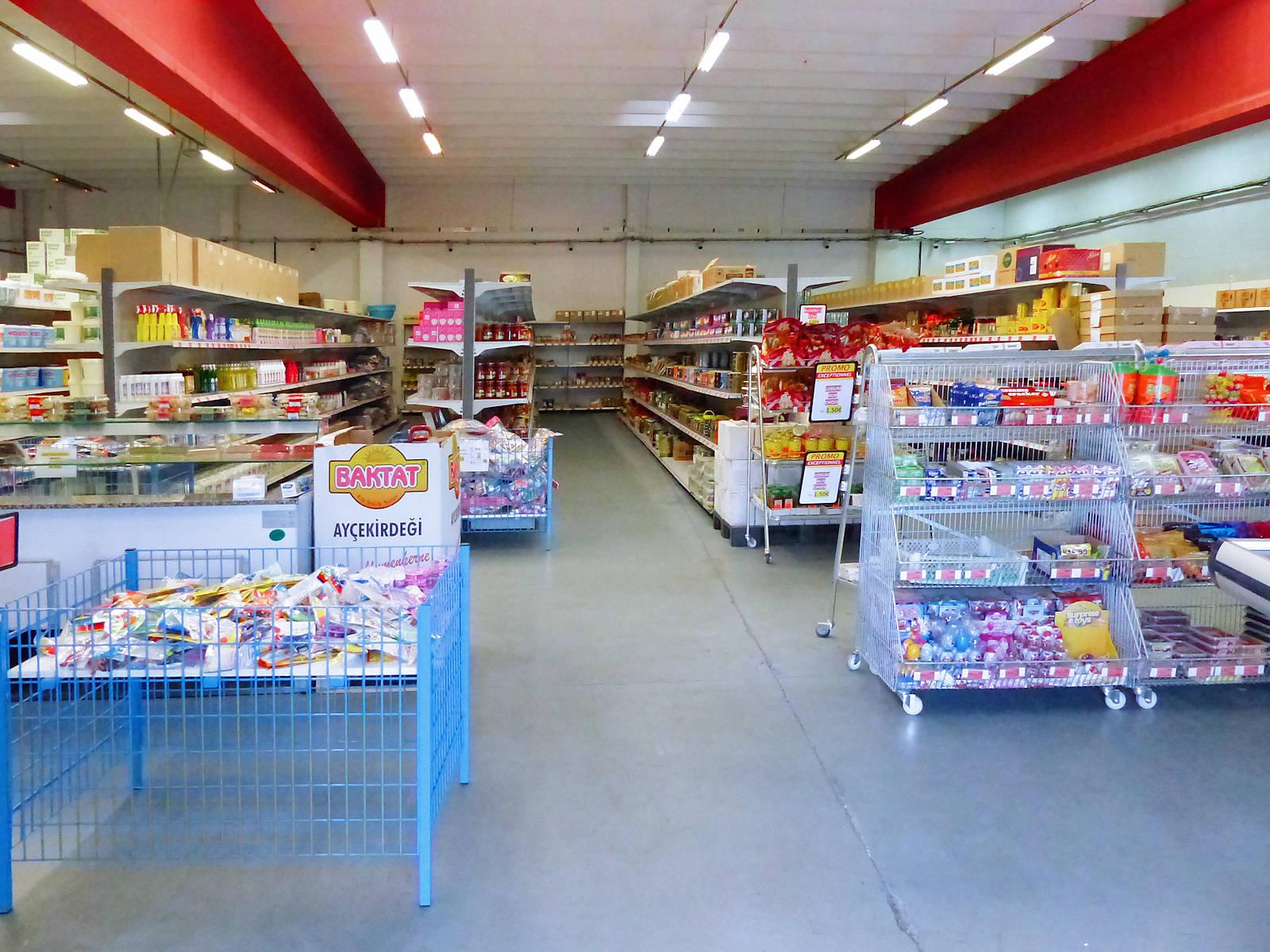 Tek Market Tourcoing - Rayons du magasin