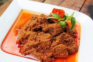 How to cook a good beef Rendang