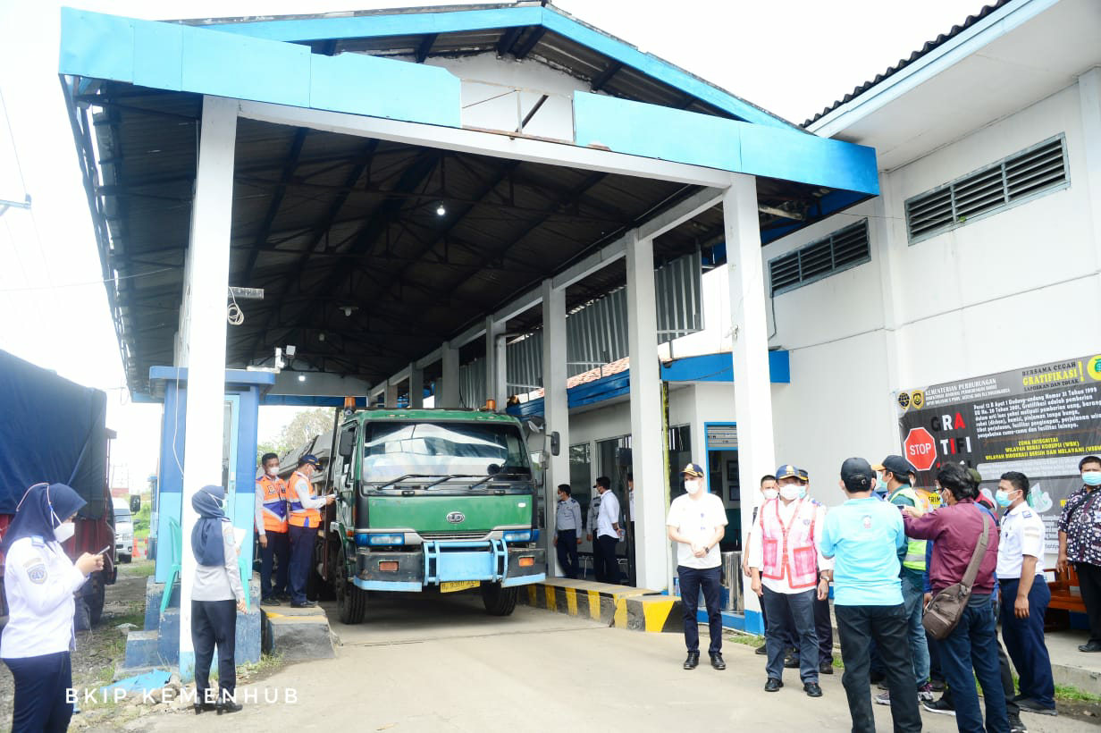 Menhub Tinjau Pembangunan Terminal Tipe A Harjamukti di Cirebon