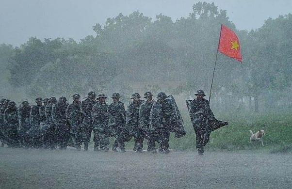 Tại sao Thủy Tiên và Công Vinh có lượng atifan nhiều nhất lịch sử showbiz Việt ?