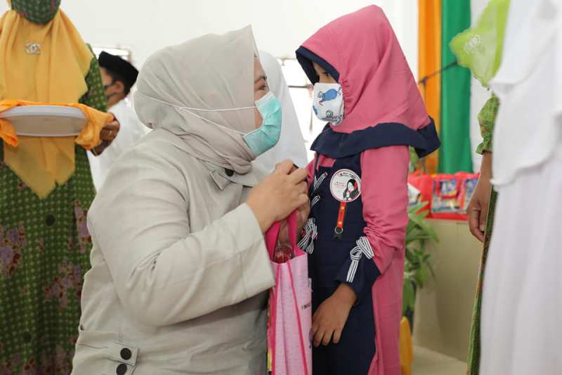 Bersama NU Belakang Padang, Marlin Beri Santunan 120 Anak Yatim
