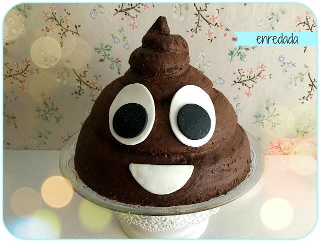 enredadaen.blogspot.com.es/emoji poop cake