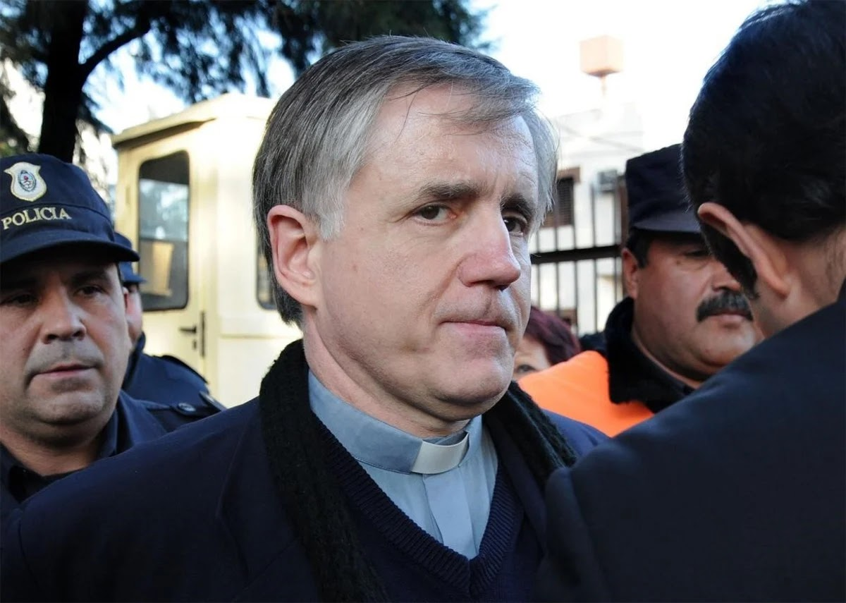 El padre Grassi también pidió salir de la cárcel por miedo a contagiarse coronavirus