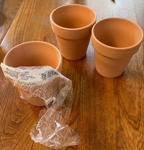 Photo of plain terracotta pots from Dollar Tree