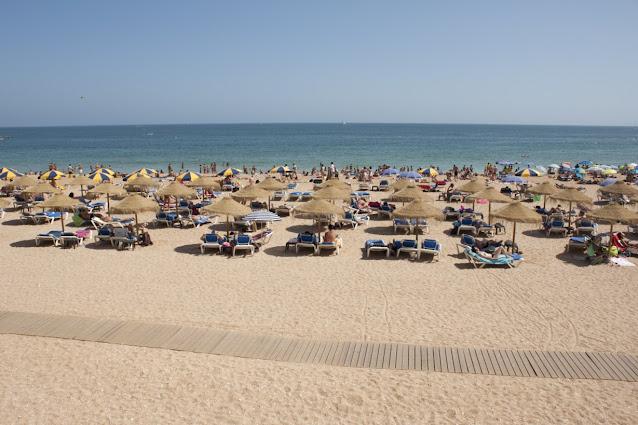 Albufeira-Algarve-Spiaggia