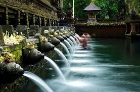 10 Tempat Wisata di Bali Yang Sangat Terkenal dan Populer