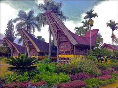 Keindahan Rumah Adat Sulawesi Selatan