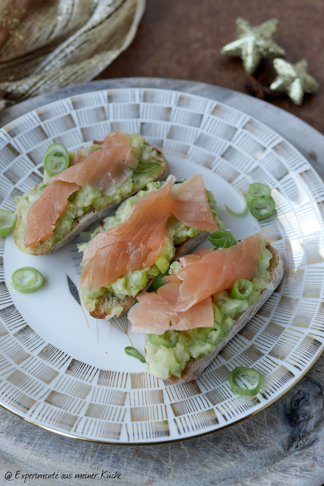experimente aus meiner k che bruschetta mit avocado kartoffel creme und lachs. Black Bedroom Furniture Sets. Home Design Ideas