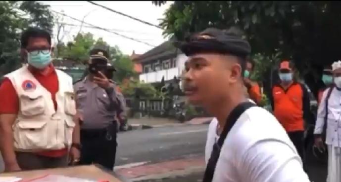 Pemuda di Bali Ini Emosi Saat Kena Razia Tak Pakai Masker, Begini Ceritanya