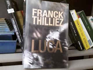 Sharko Lucie Nicolas AUbra roman policier internet futur angoissant chronique flicage résumé
