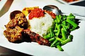Kota Bandung yang telah usang terkenal dengan sebutan Paris Van Java Daftar Tempat Wisata Dibandung Yang Wajib Dikunjungi