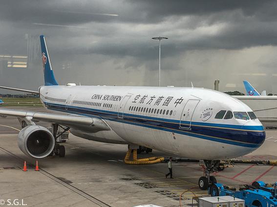 Avion Amsterdam - Pekin. Operado por KLM