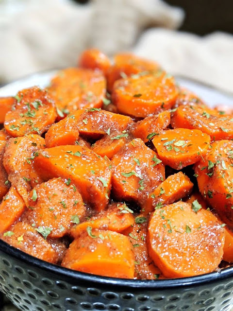Honey Garlic Glazed Carrots