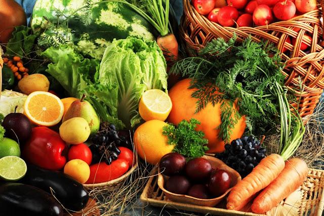 """<img src=""""frutas-verduras.jpg"""" alt=""""frutas y verduras para tratar el agrandamiento de bazo"""">"""