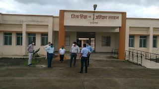 नेपानगर उपचुनाव के मद्देनजर कलेक्टर ने लिया व्यवस्थाओं का जाजया, अधिकारियों को दिये आवश्यक दिशा-निर्देश
