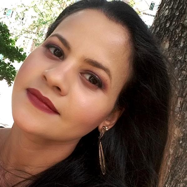 Maquiagem-com-Paleta-de-sombra-brown-smoked-Marchetti