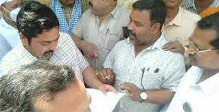 पत्रकार पुत्र के हमलावरों की गिरफ्तारी की उठी आवाज | #NayaSaberaNetwork