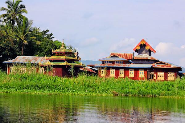 Monasterio Nga Phe Chaung (Nga Phe Kyaung) de los gatos saltarines