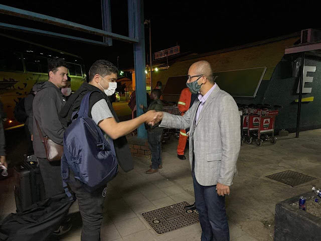 بيراميدز يغادر زامبيا في طريق العودة للقاهرة .. والسفارة في وداع البعثة