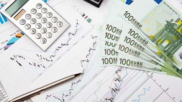 """""""Καίνε"""" τα εκκαθαριστικά του ΕΦΚΑ για το 2018 - Πόσο θα πληρώσουν χιλιάδες ελεύθεροι επαγγελματίες"""