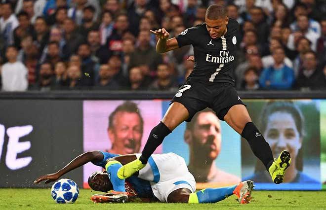 """Man City sắp có """"bom tấn"""": Trả 70 triệu euro để đón Koulibaly cực khỏe 2"""