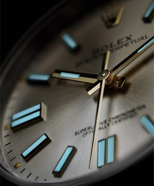 Rolex Oyster Perpetual 41 mm, the Chromalight display