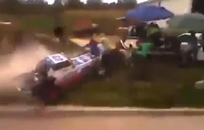 Un accidente de Rally Impresionante