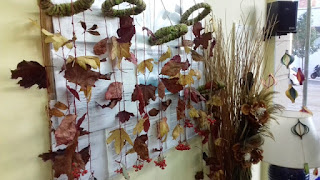 Mòbil de tardor fet de fulles