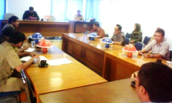 Rapat Badan Musyawarah Dprd Kep.Selayar , Tidak, Dihadiri 7 Legislator ,PAN ,Dan PDI.P