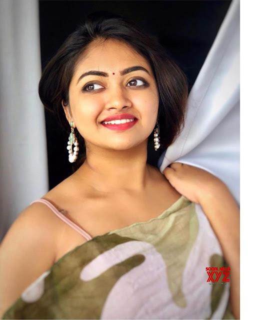 43 Mallu Actress Shaalin Zoya Hot Photos Navel Queens