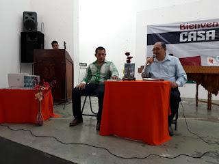 Recital poético Alas libre poeta chiapaneco, escritor independiente de Chiapas