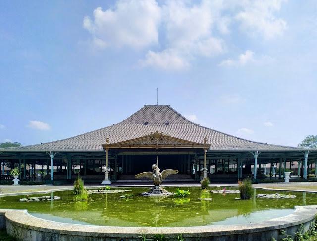 wisata Pura Mangkunegaran di solo