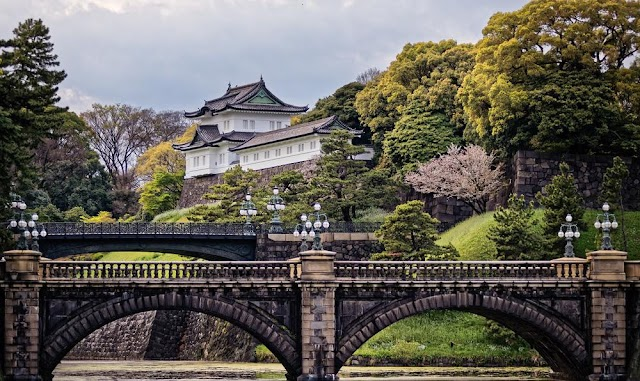7 royal palaces take you back to fairy dreams