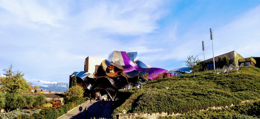 bodega-marques-riscal-frank-gehry