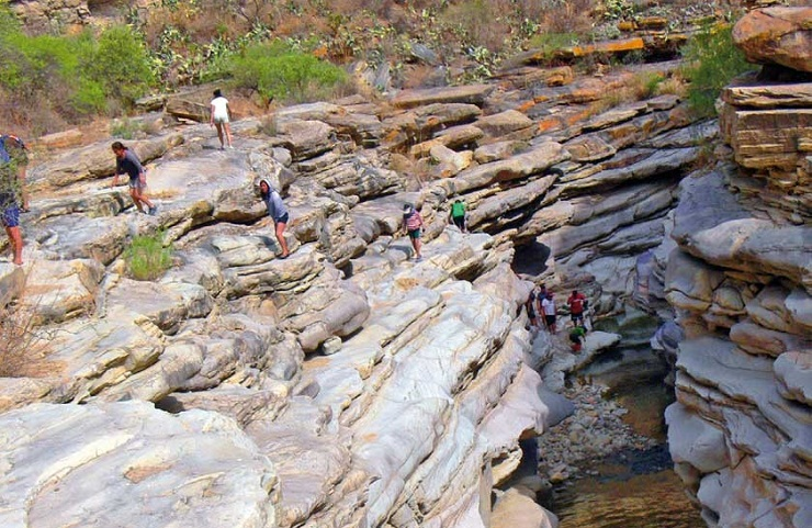 sucre turismo canon de icla trekking