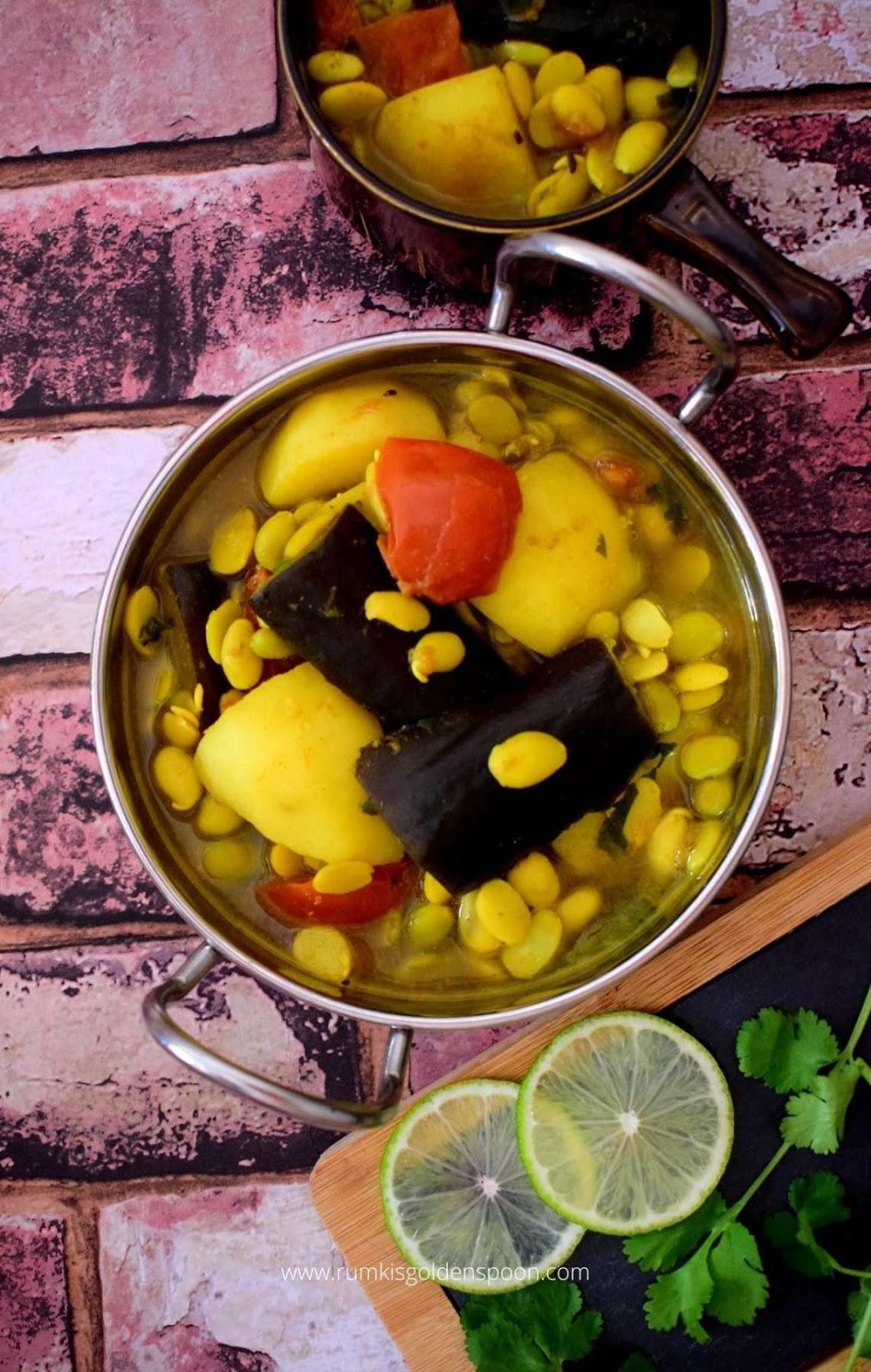 Shimer Bichir Dal, Shimmer Bichir Dal, Sheemer Bichir Dal, shimer bichi recipe, Shimer Bichir recipe, shimer bisir dal, frozen broad beans recipe, frozen broad beans curry, broad beans curry, broad beans curry recipe, broad beans seeds curry, Broad Beans recipe Indian, Broad Beans recipe, Broad Beans recipes, broad beans recipe vegetarian, lima beans recipe, lima beans recipe Indian, raw lima beans recipe, lima beans curry, lima beans curry recipe, lima beans curry Indian style, n onion no garlic recipe, fava beans curry, fava beans recipe, fava beans recipe Indian, bengali recipe, bengali recipes, bengali food, Rumki's Golden Spoon