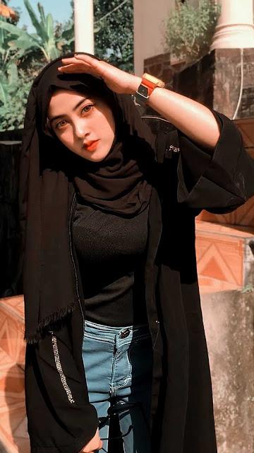 18 Beautiful Woman With Hijab Wallpapers for iPhone and Android | Wanita Cantik Berhijab