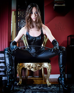 http://www.mistressmarah.com/