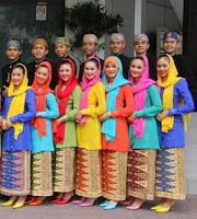 Desain Baju Kebaya Encim Muslim
