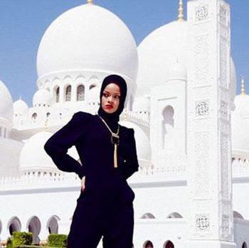 jilbab rihanna