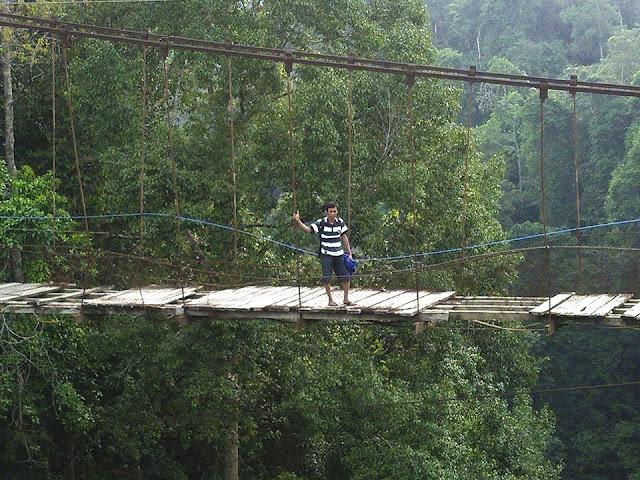 Jembatan Lama Lau Hulung