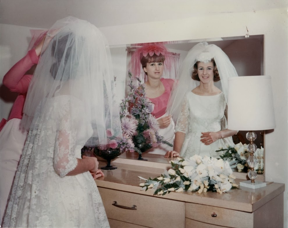 Vintage 60 S Style Wedding Dresses: Adorable Real Vintage Wedding Photos From The 1960s