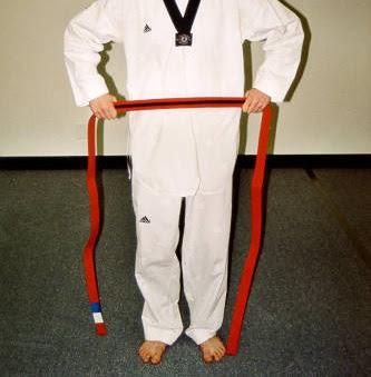 Cara Mengikat Sabuk Taekwondo 1