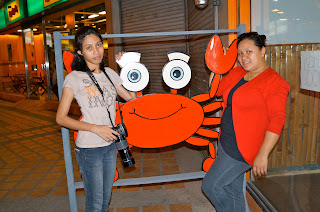 diners at Crazy Crab Gaisano Country Mall