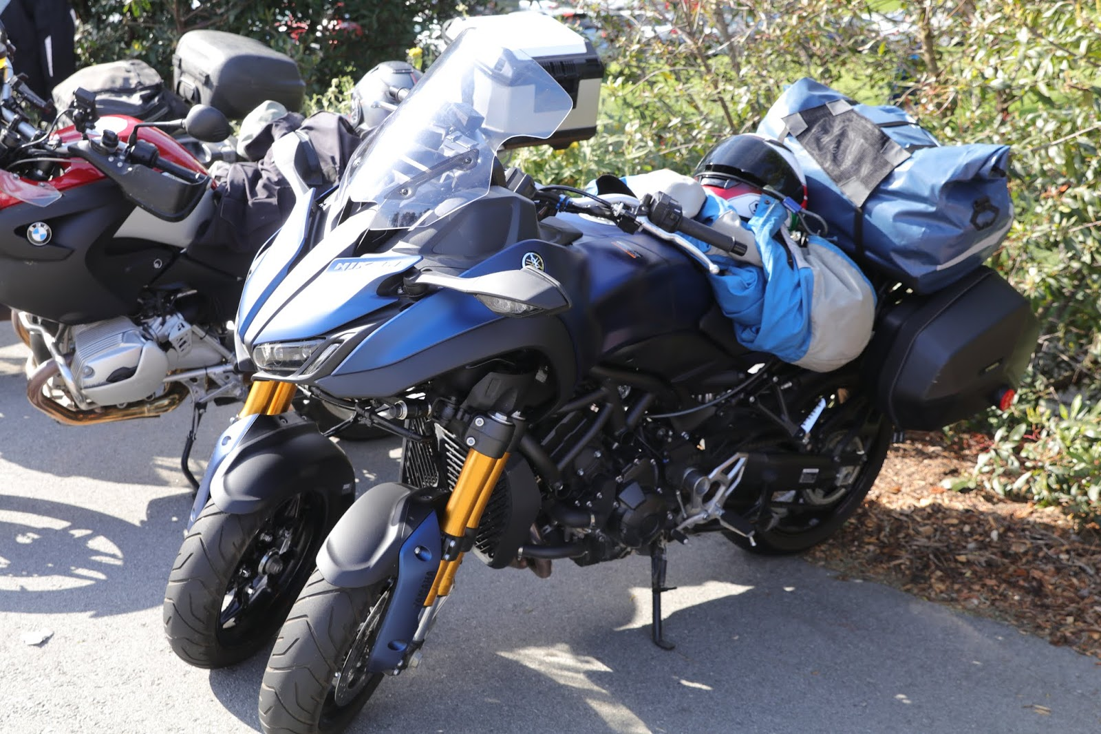 04d9b4d2 Yamaha Niken parked at the 2019 Quail Motorcycle Gathering -- Carmel, Ca.