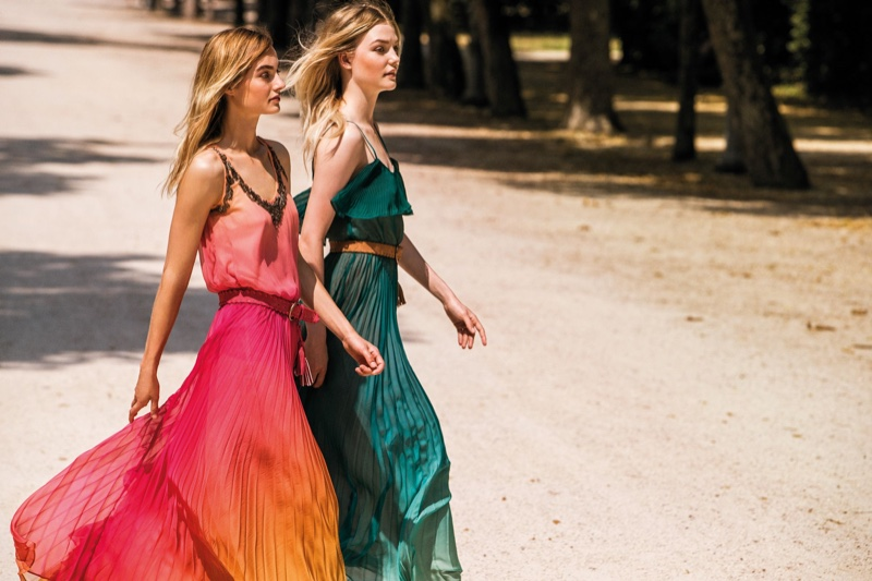 Maartje Verhoef and Roos Abels star in Twinset spring-summer 2020 campaign.
