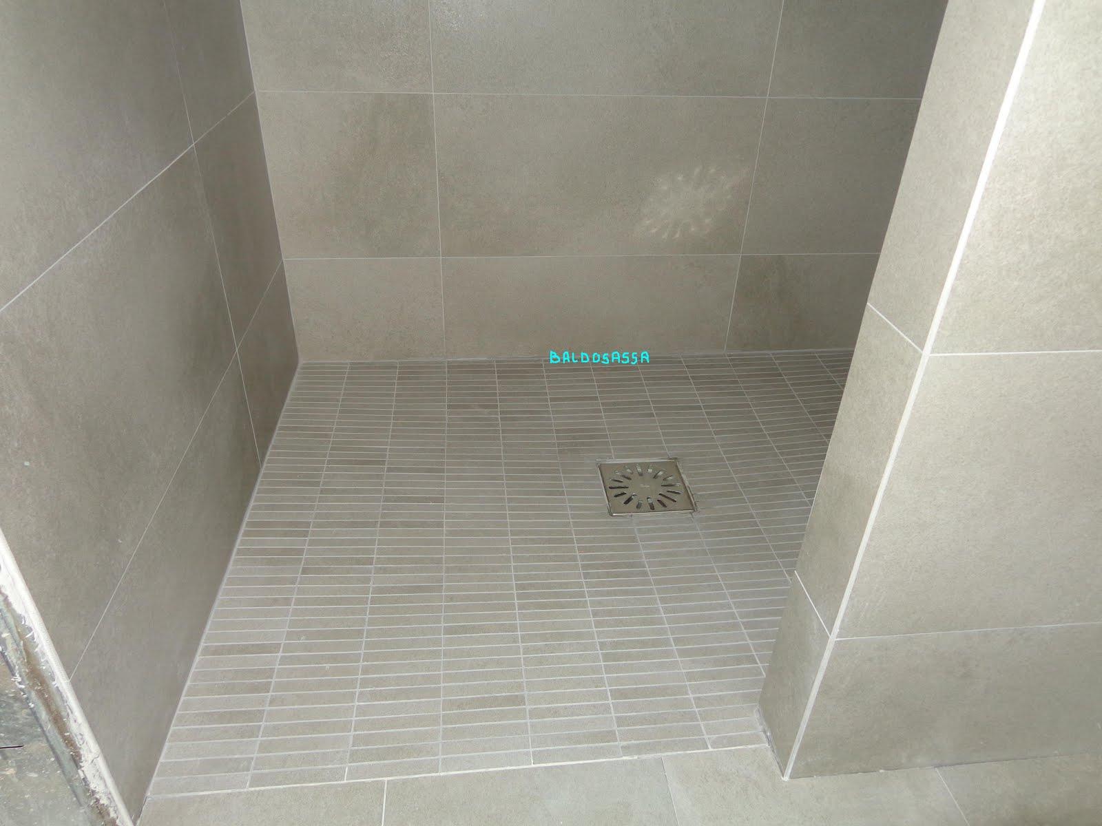Platos de ducha de obra fotos for Tipos de mamparas para platos de ducha